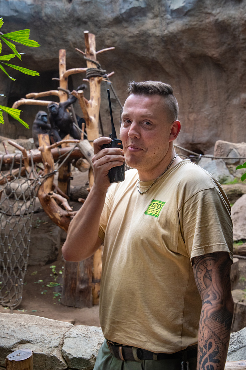 Operations in the Leipzig Zoo - hand-held radio